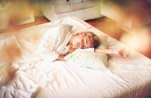 10 consejos saludables para una buena noche de sueño