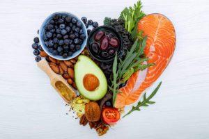 ¿Sabías que estos 10 alimentos afectan la presión arterial?